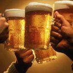 お酒を飲むと貧血になりやすい?腹痛が多いのはなぜ?