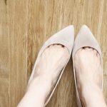 ナゼか足の甲だけが白い!原因や何かの病気の可能性は?